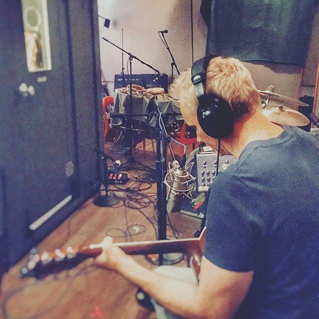 @sweettalkradio record happening. 👦🏼👧🏻♥️