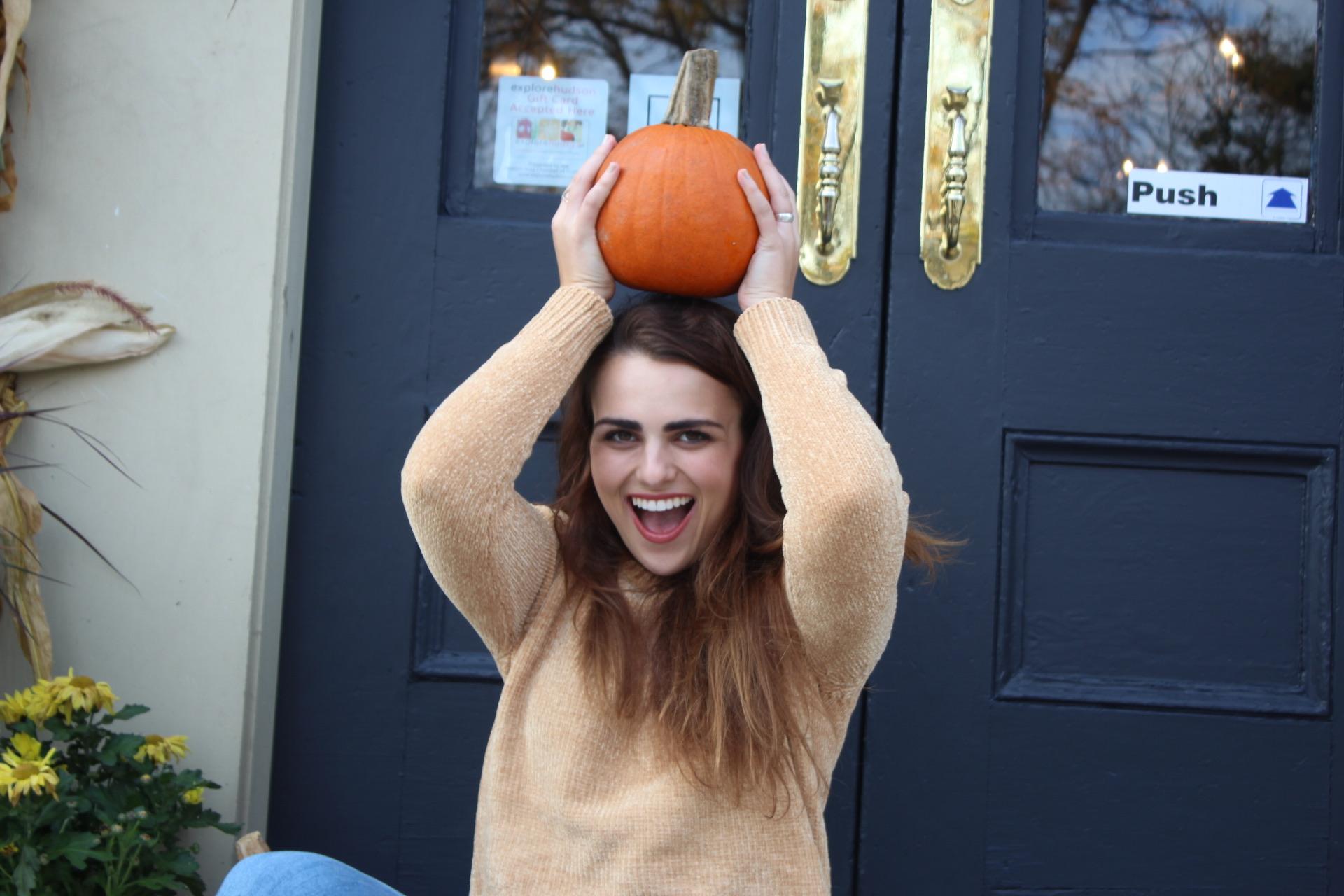 Look, I'm a pumpkin head! 🎃