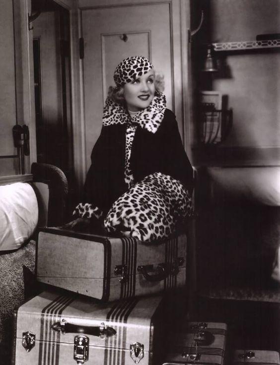 Carole Lombard,.jpg