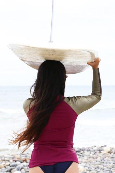 iaera surf  | The Mazu Rash Guard in Black Palm |  $98.00