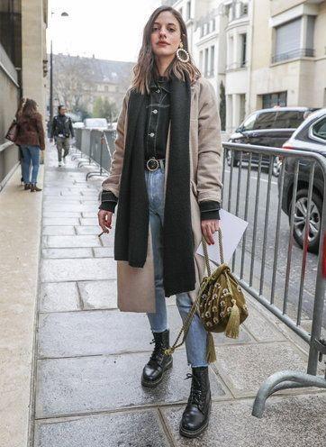 strutting my style_shoes 2019_gabriela peegrina_dr martens_fashion.jpg