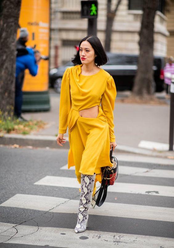 Gabriela Peregrina_strutting my style_shoes 2019_animal print_snake print.jpg