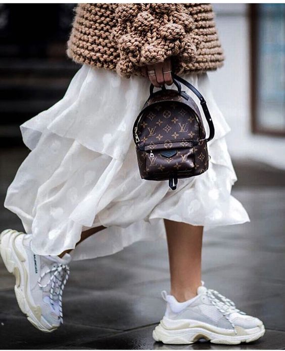 Gabriela Peregrina_strutting my style_shoes 2019_dad sneakers.jpg