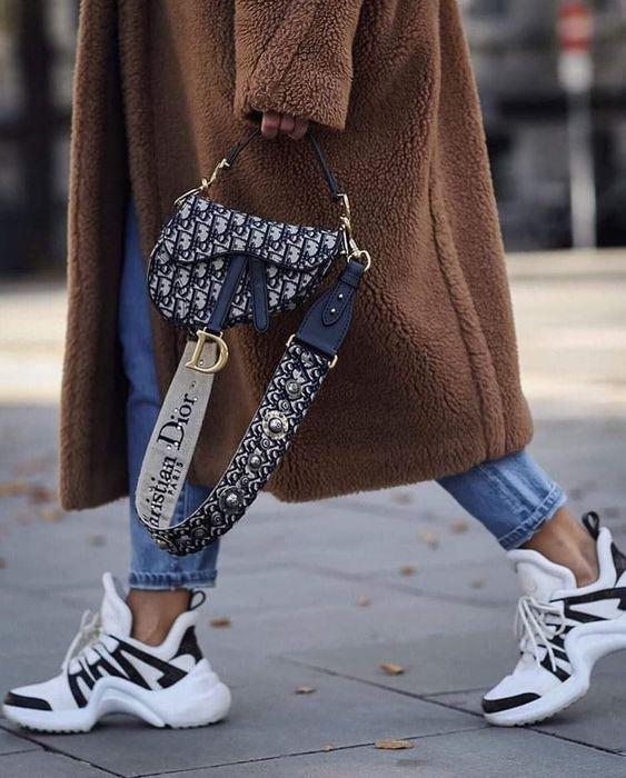 Gabriela Peregrina_strutting my style_shoes 2019_snearker.jpg