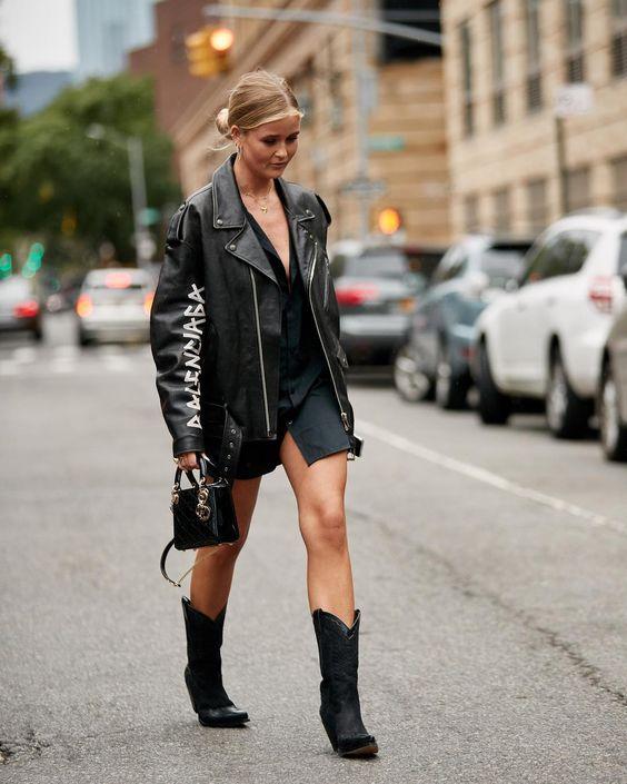 Gabriela Peregrina_strutting my style_shoes 2019.jpg