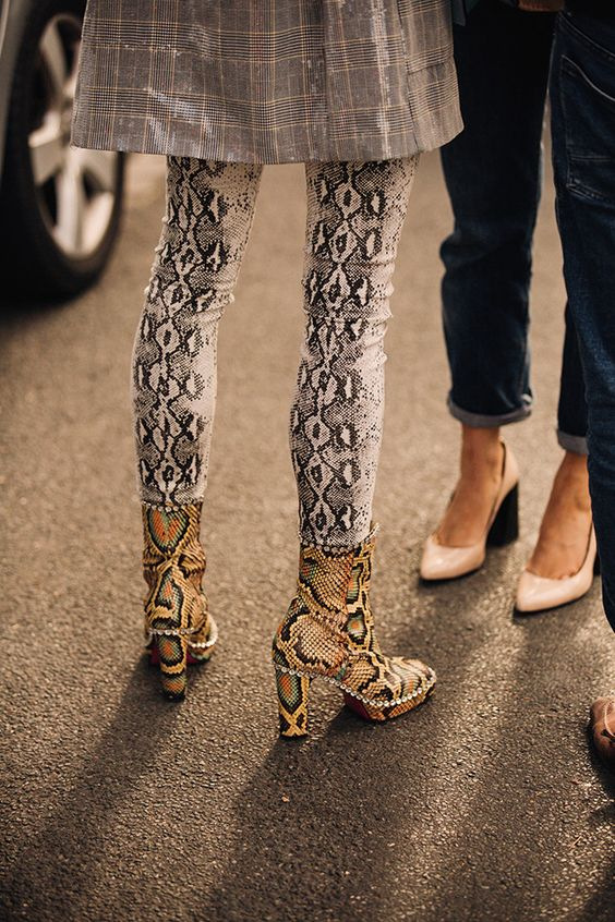 Gabriela Peregrina_strutting my style_shoes 2019_snake.jpg