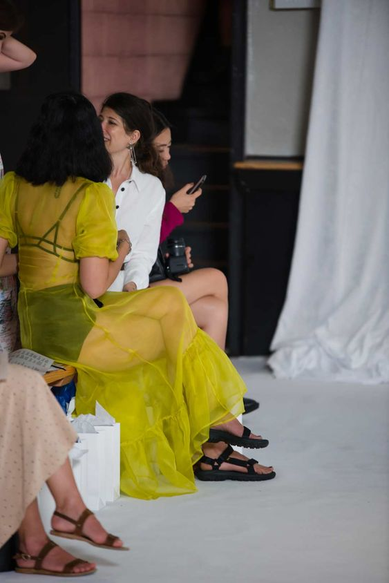 gabriela peregrina_strutting my style_teva inspired sandals_seating.jpg