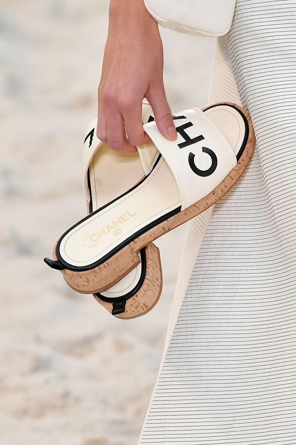 gabriela peregrina_strutting my style_shoes 2019_logomania_chanel.jpg