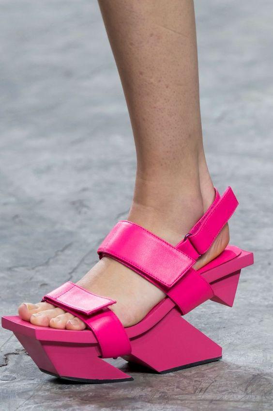 gabriela peregrina_strutting my style_shoes 2019_architectual.jpg