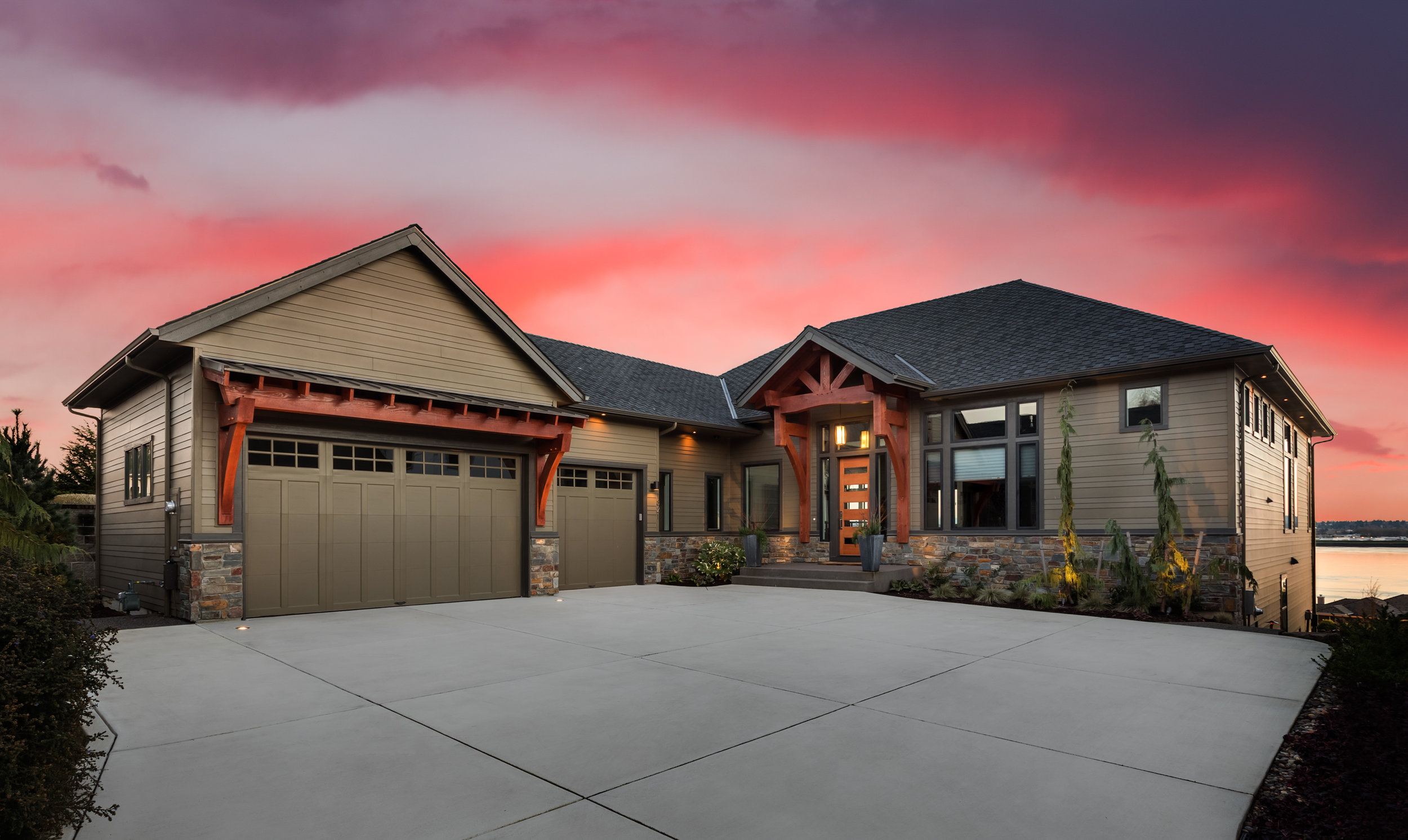 Stun your viewers right away—The Twilight add on gives you an impressive print-ready dramatic feel of your listing.