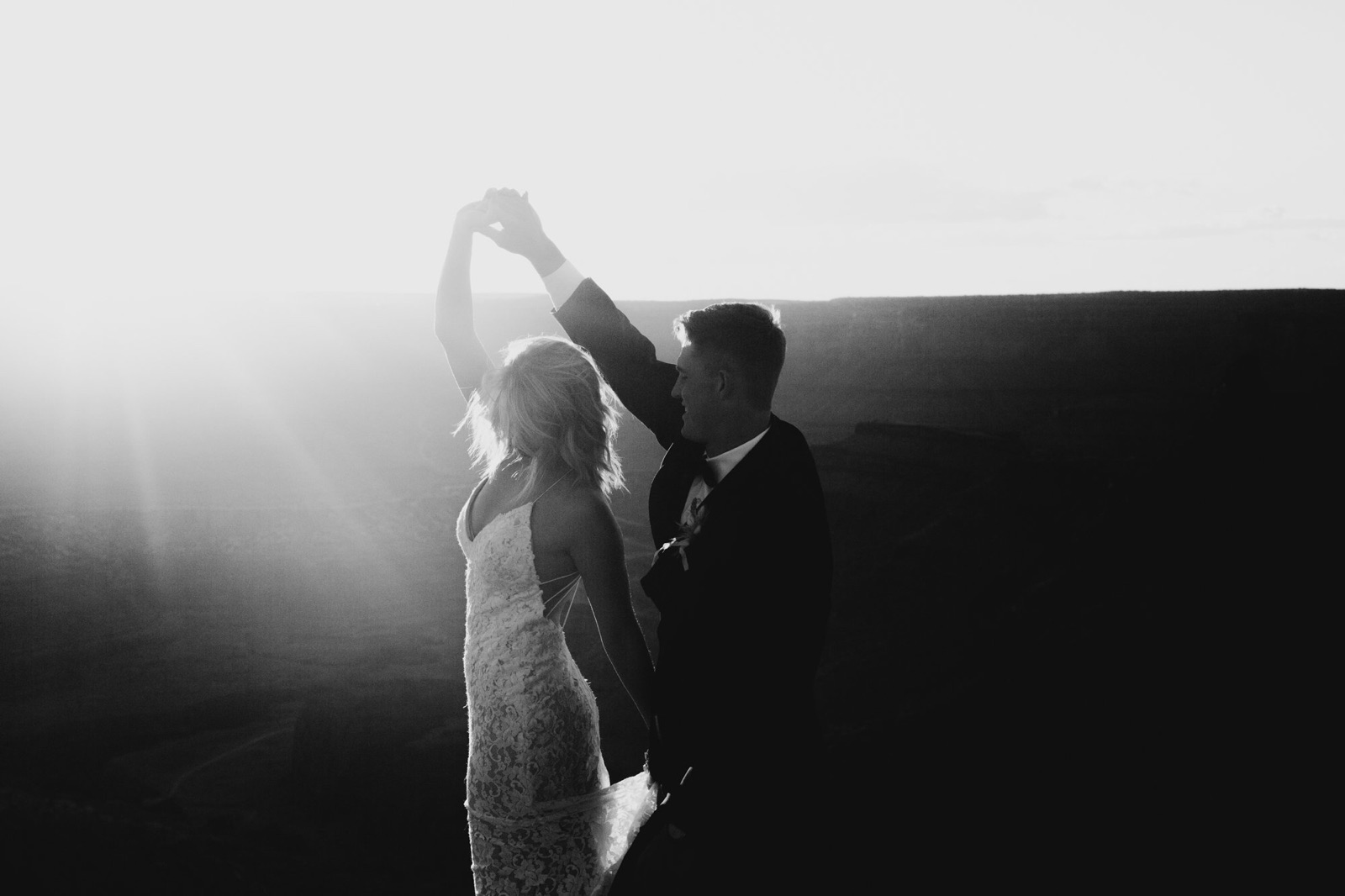 Kylie+Tyler-sunset-87.jpg.jpeg