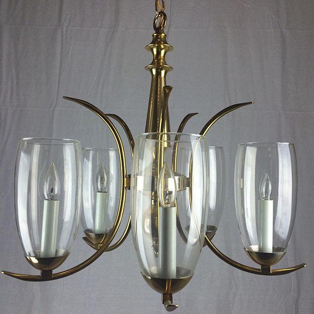 #antiquechandelier #midcenturylights #midcenturylights #vintage #vintagelight #midcenturychandelier #sputnick