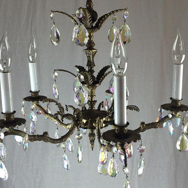 #midcenturylights #oldlightfixture #antiquechandelier #spanishchandelier #vintage #vintagelight