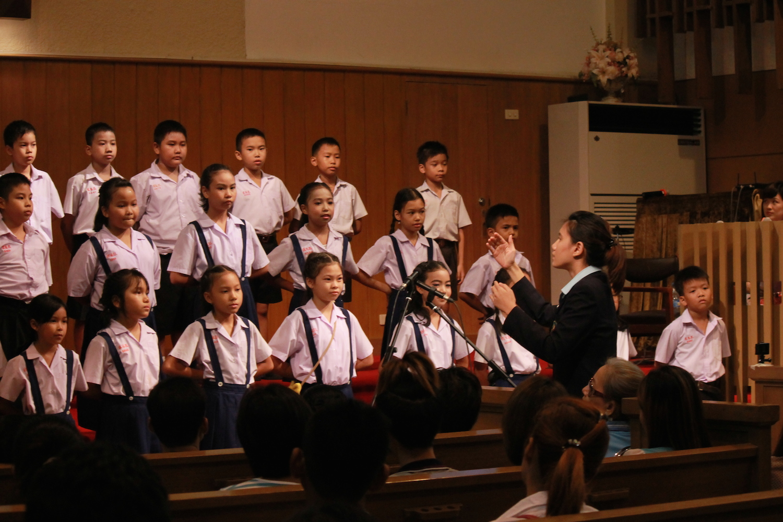 Sajja Grade 4 Choir performed on Mother's Day
