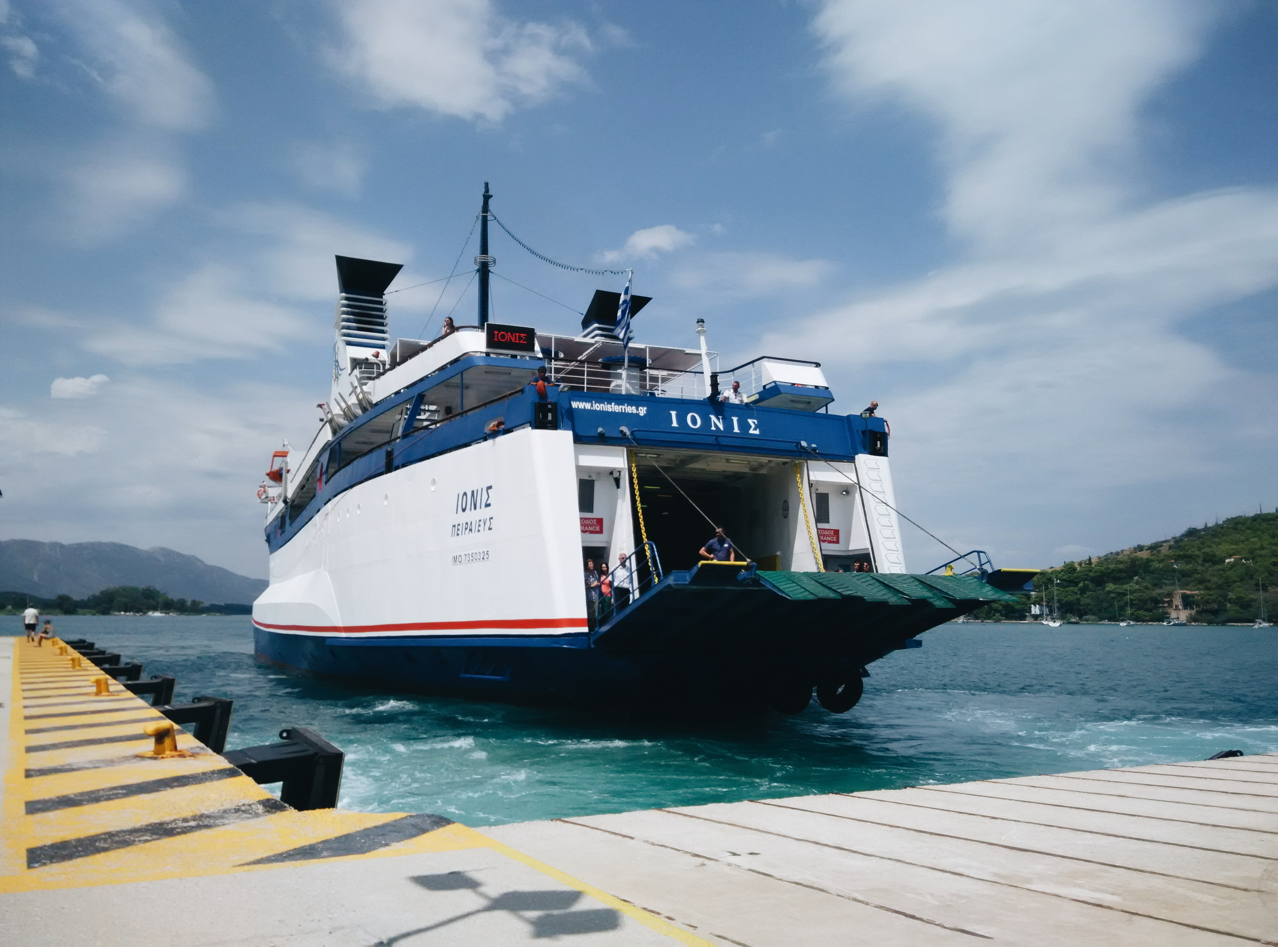 Ionis Ferry - arriving at Poros!