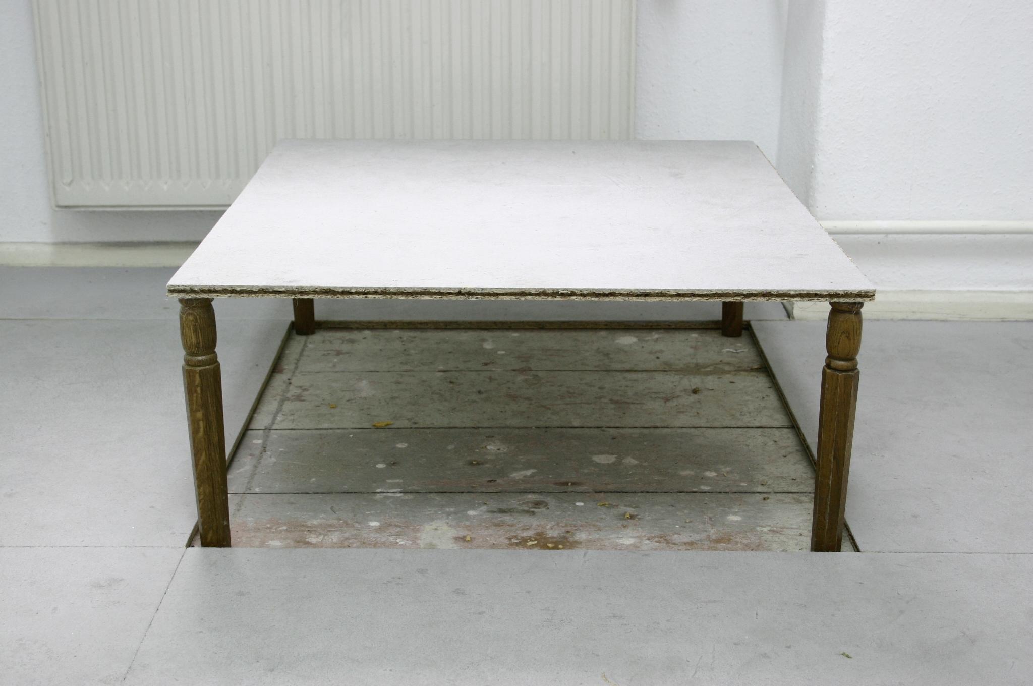 Speculation   Intervention floor Gallery SAVVY, Berlin (30x60x70cm).2010