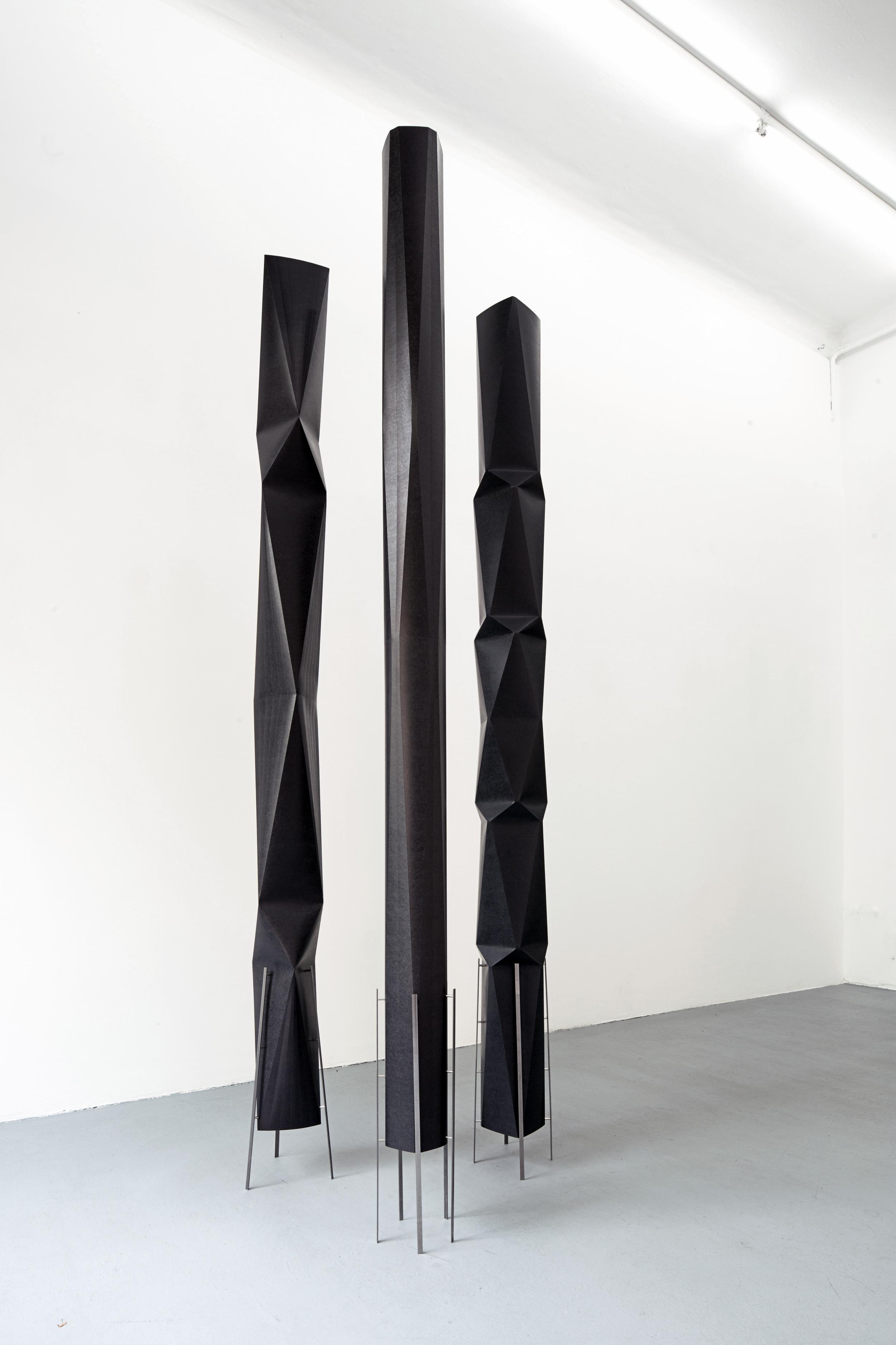 Columns   Macrocosmi.Gallery Gilla Lörcher. September 2015