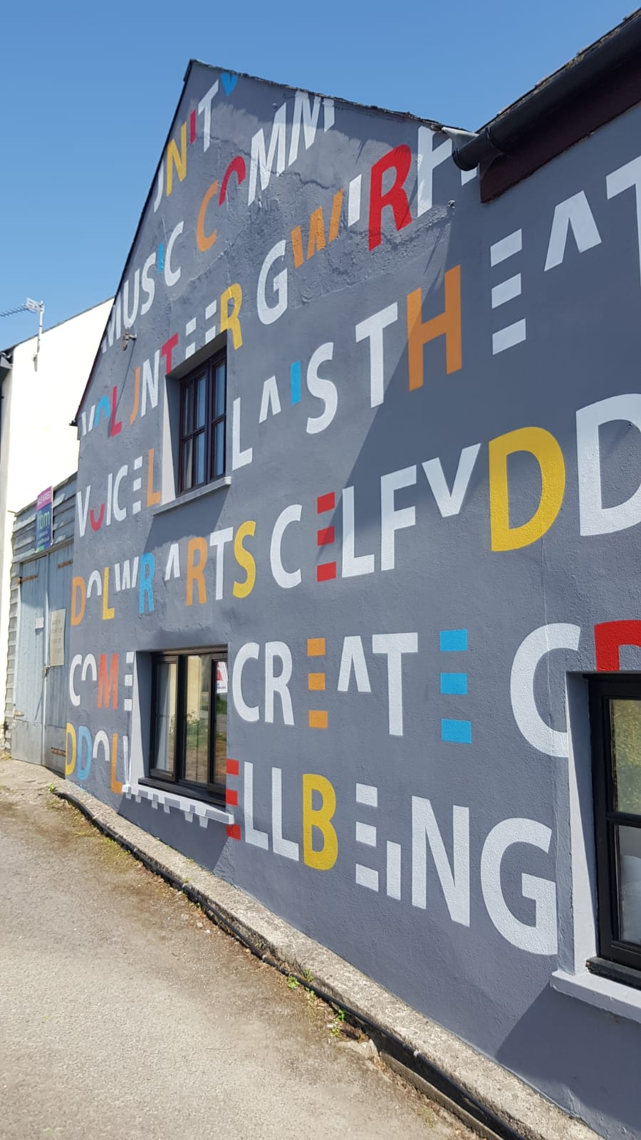 The London mural Company x Narberth 1