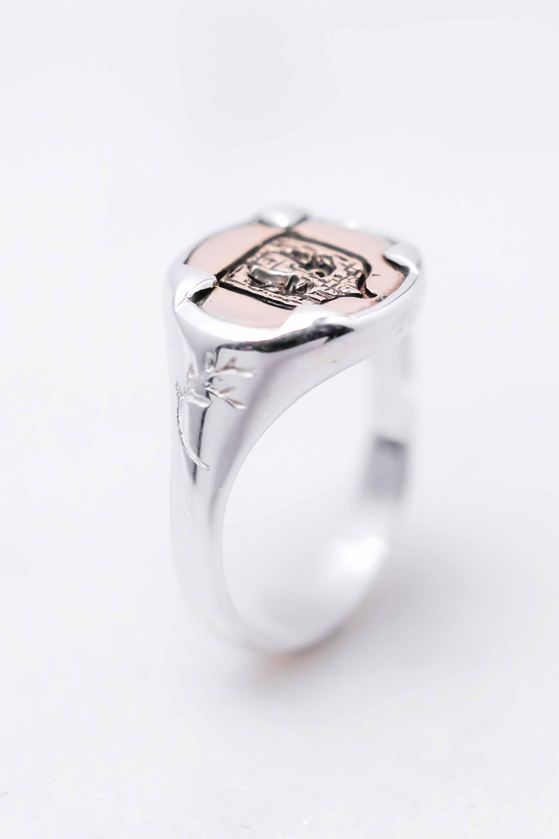 men-women-custom-signet-ring-silver-bronze-6.jpg