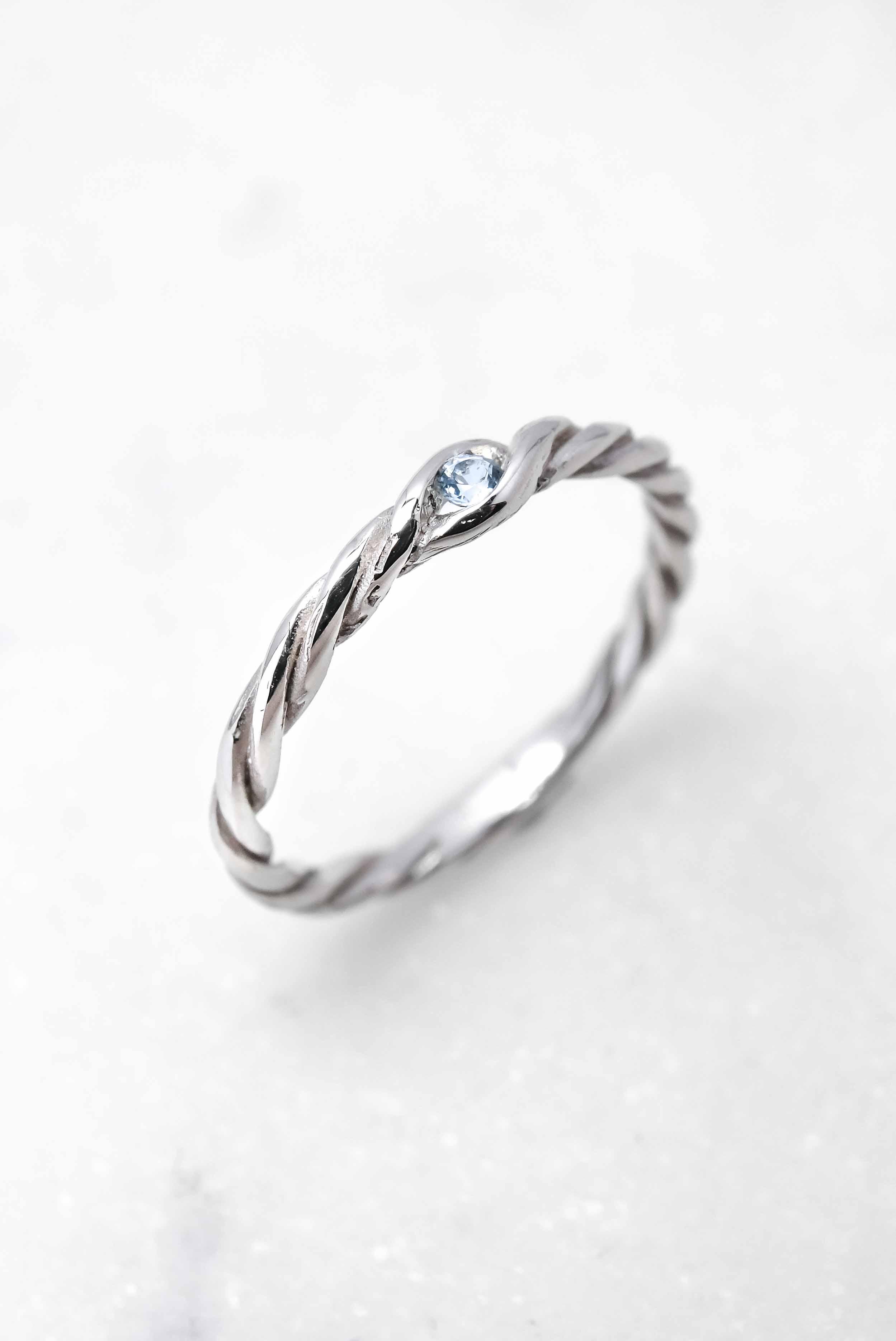 women-jewelry-wedding-ring-white-gold-aquamarine-theblackalchemy-3.jpg