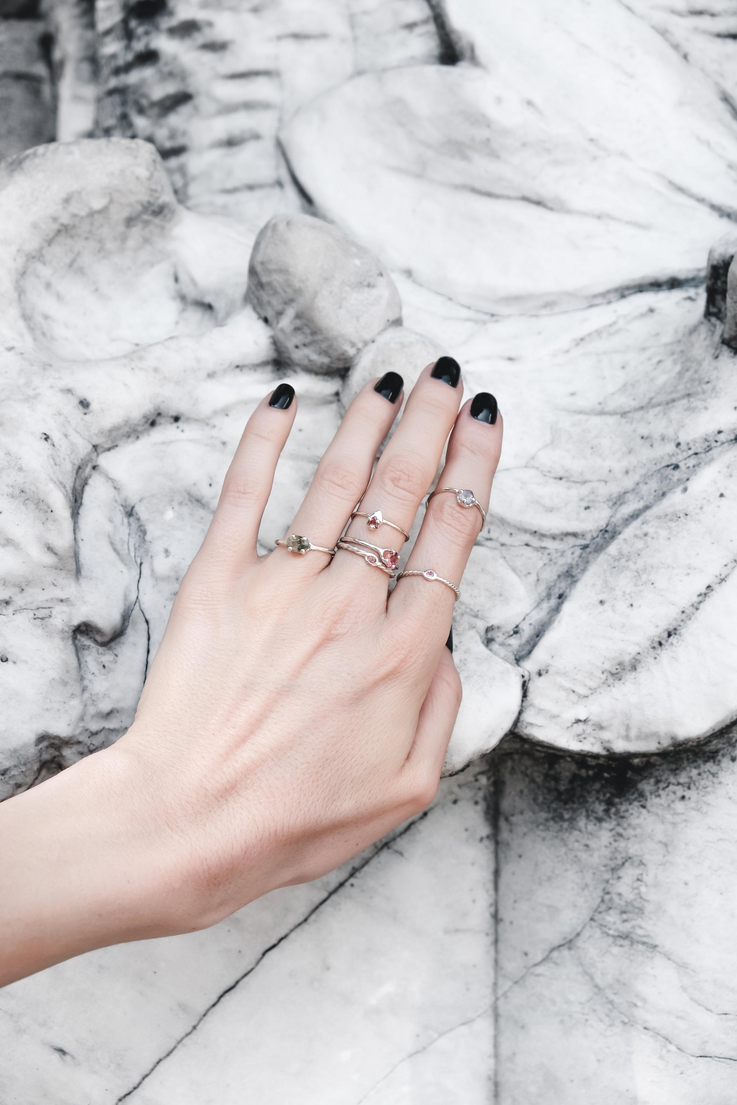 silver-jewelry-rings-tourmaline-the-black-alchemy-1-2.jpg