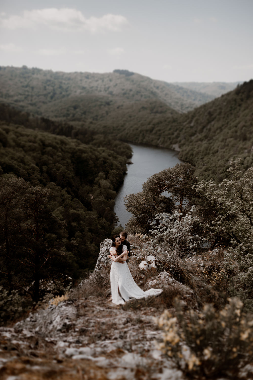 Photographe mariage Lyon - Photographe mariage Auvergne - Mariage dans la nature -_-105.jpg