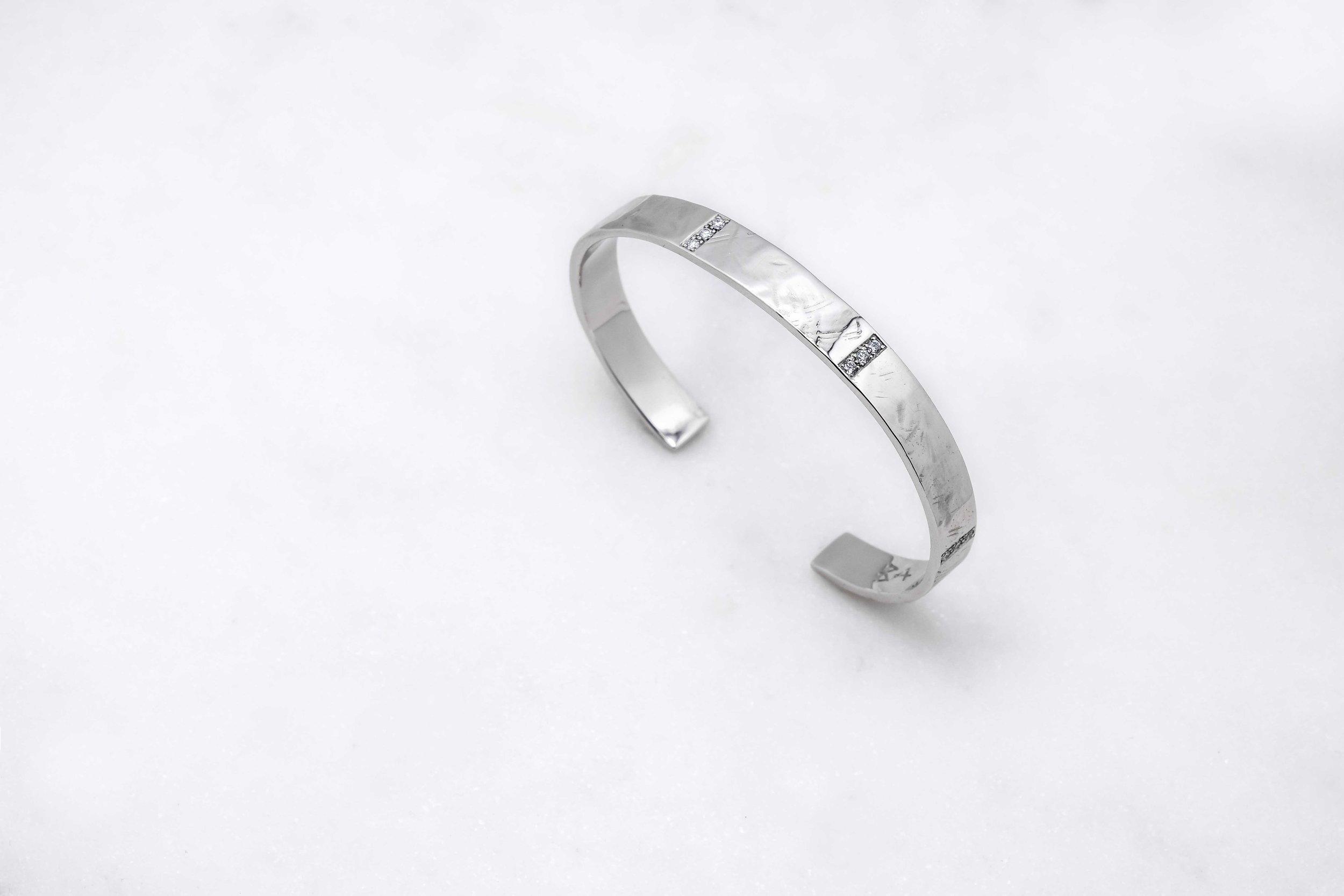 black-alchemy-custom-gold-bracelets-diamond-12.jpg