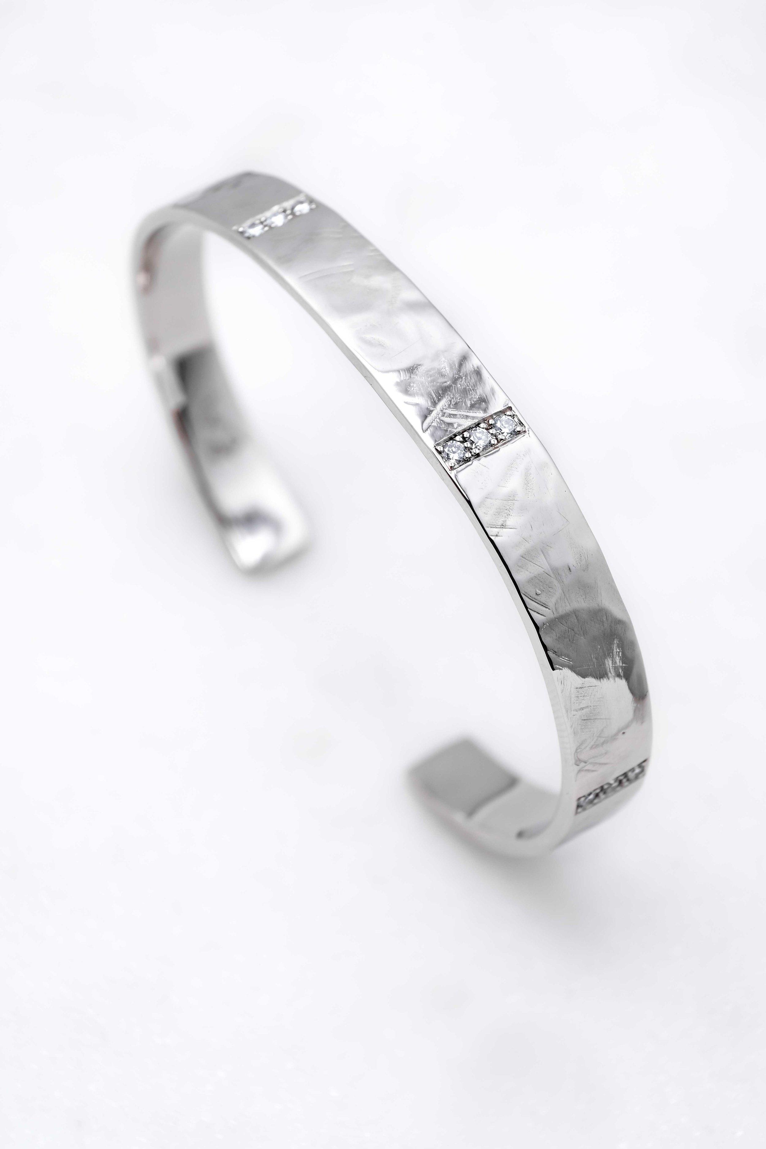 black-alchemy-custom-gold-bracelets-diamond-1.jpg