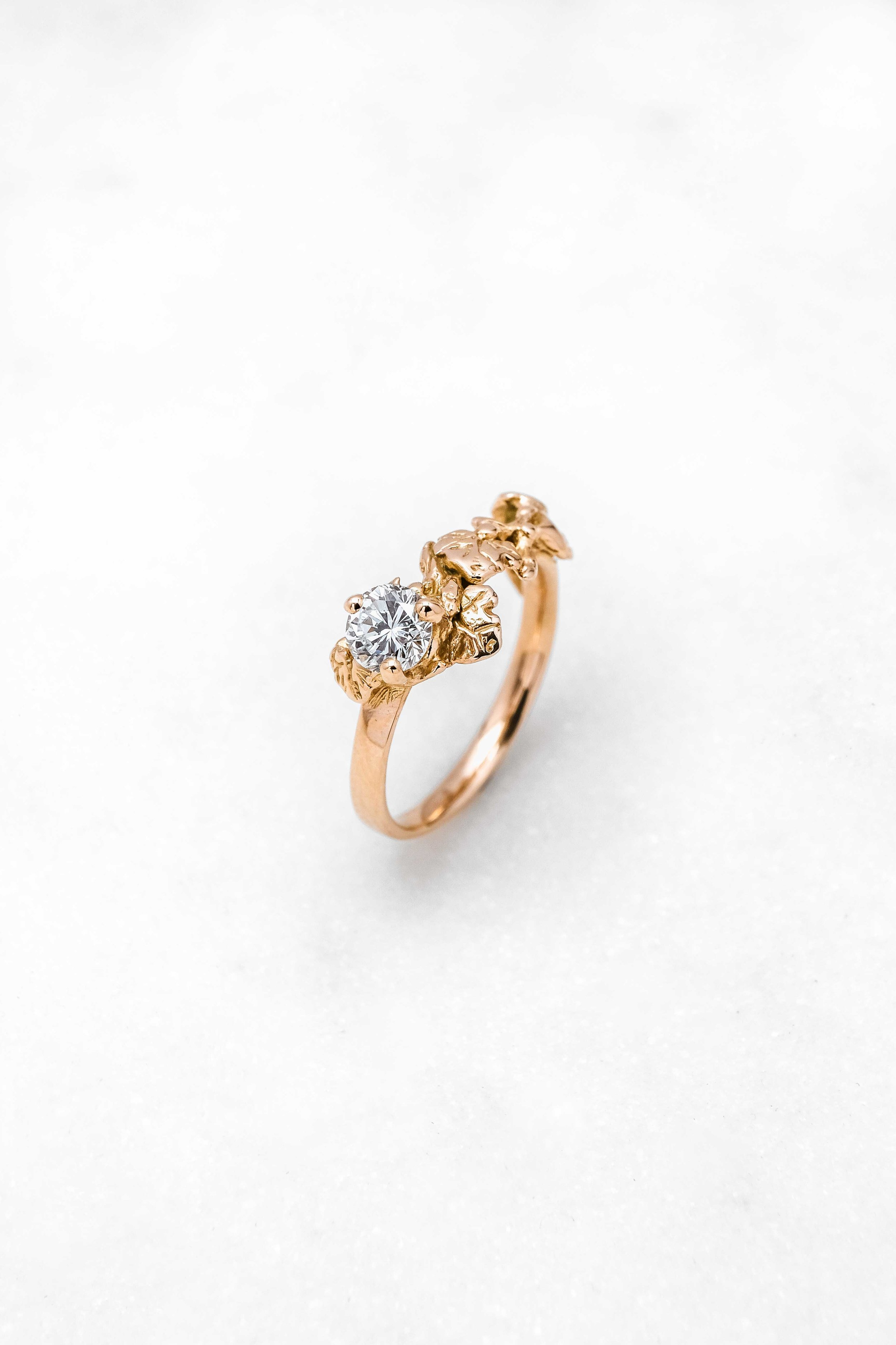 black-alchemy-rings-vinea-gold-diamond-1.jpg