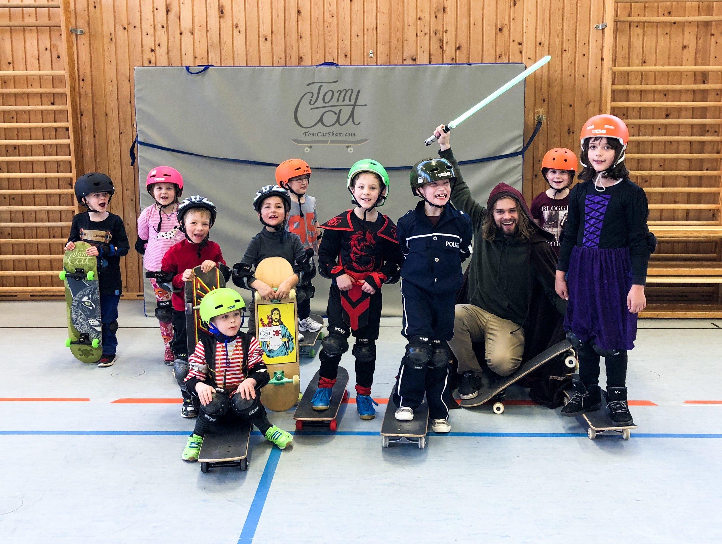 Skateboardkurs München TomCatSkate.com Bad Tölz Turnhalle Jahnhalle Skatepark Bad Tölz Jugendherberge Jugendcafe.JPG
