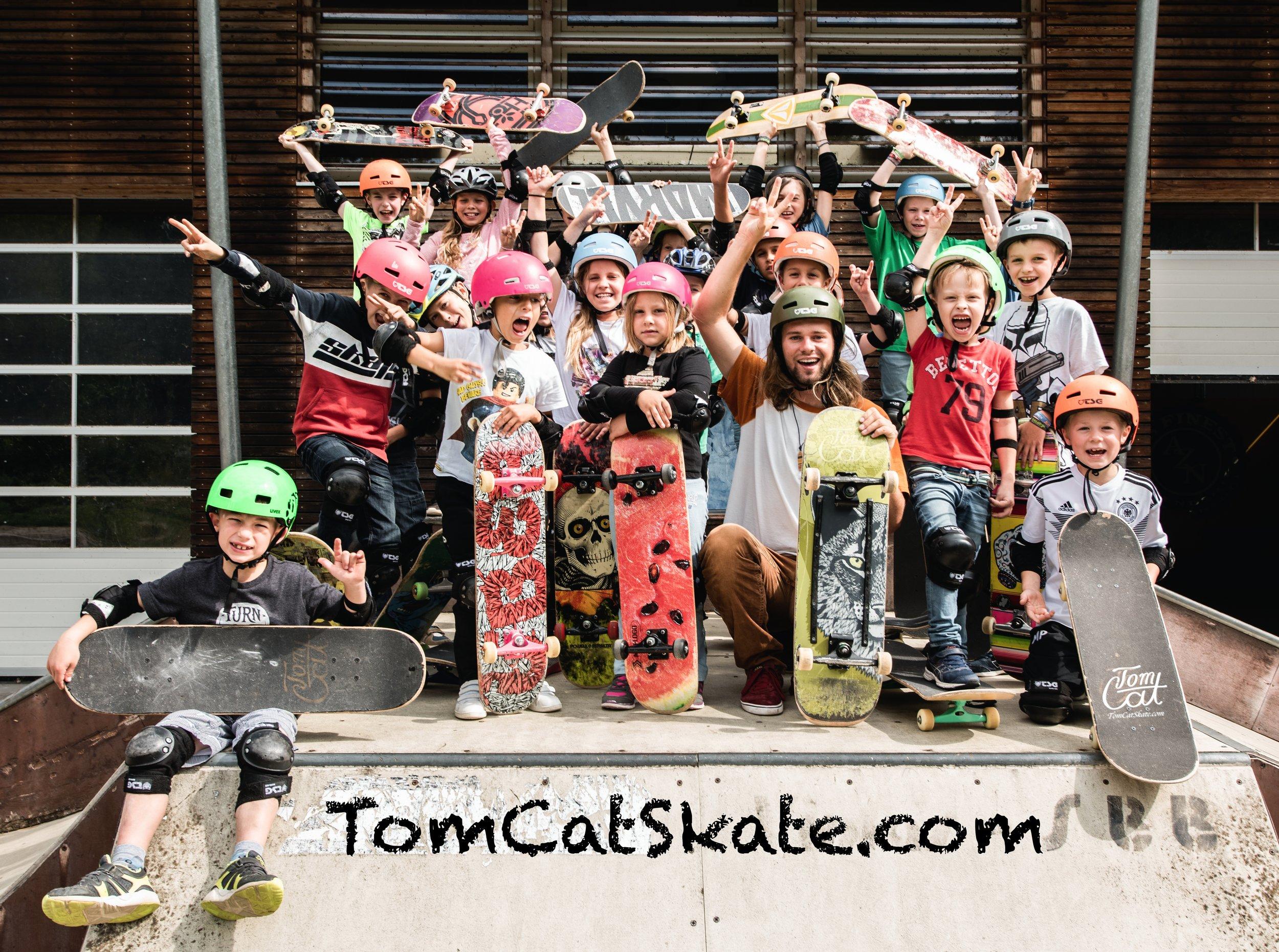 Skateboarden lernen Skateboardkurs München Gruppenbild Freising Jasper Schwering.jpg
