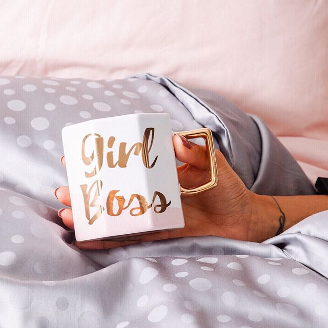 Monday mornings = copious amounts of coffee 🤷🏼♀️☕️ here's a picture from our recent content shoot with @cottoncandylinens . I think we can all agree that a good website and social media always has good imagery. Looking smart, professional and giving off the vibe of your brand to help sell you product is essential in a digital age! . If you need help with content, please email info@sassydigital.co.uk for a quote ❤️