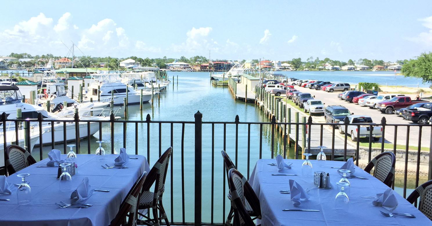 Outdoor Dining - Orange Beach Location