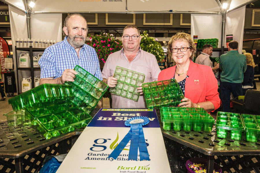 Stephen McKenna, Director of Horticulture, accepts the award for Best New Product at the 2019 GLAS Show Awards