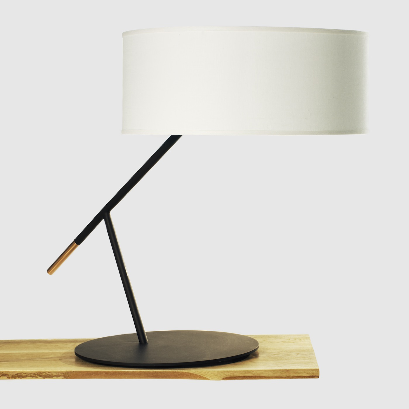 table_lamp_web_sm.jpg