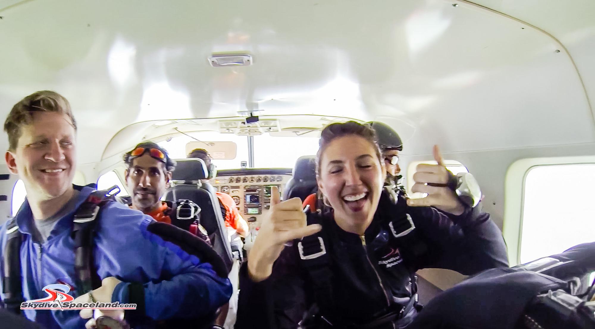 Skydiving Day-Video Screenshots-0004.jpg