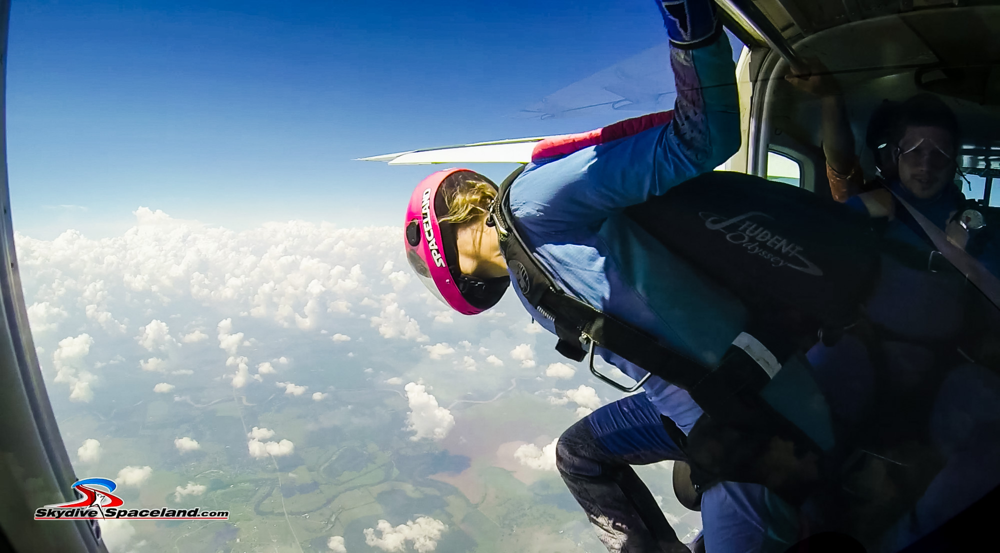 Skydiving Day-Video Screenshots-0015.jpg