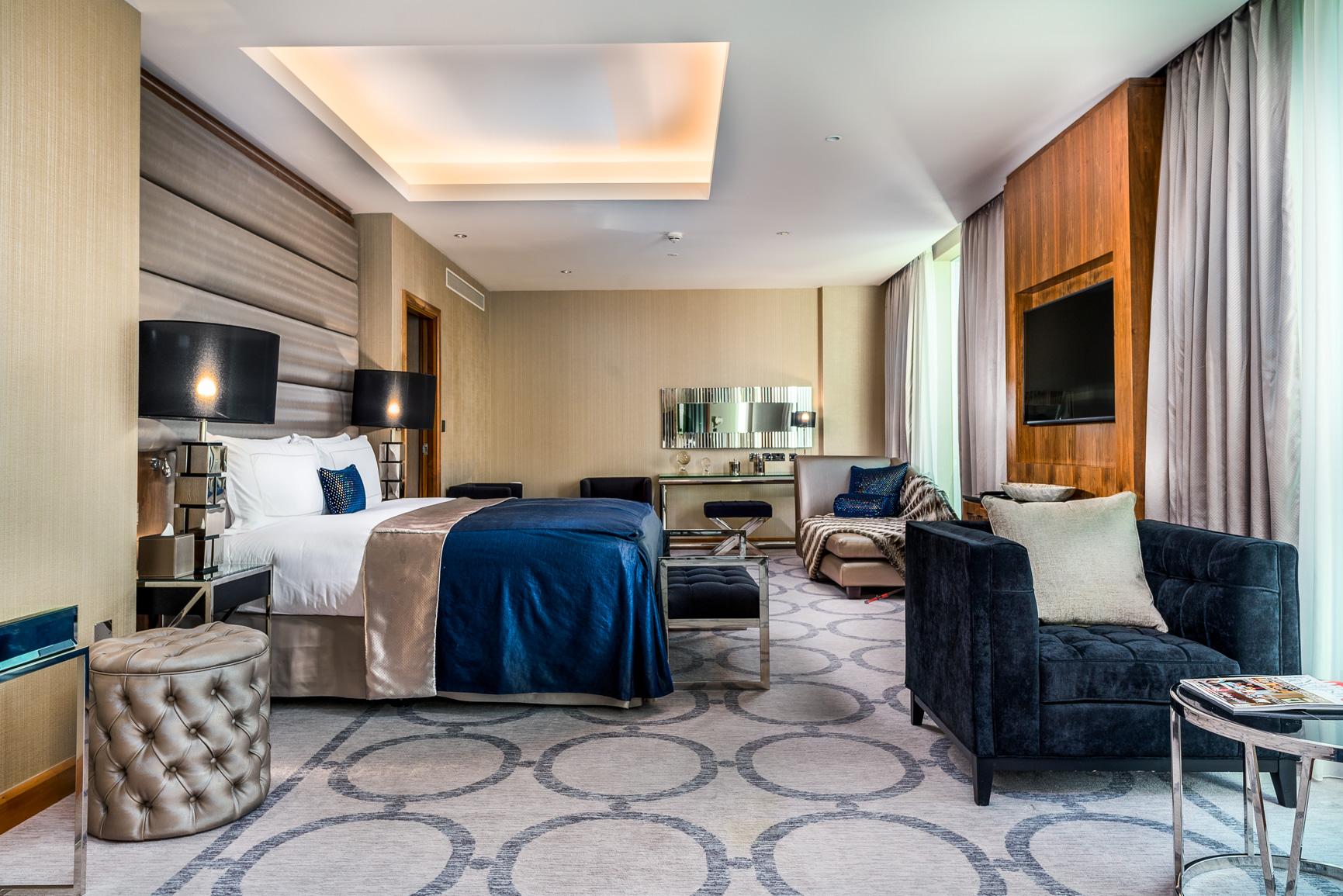 1706 Penthouse suite-1 (1).jpg