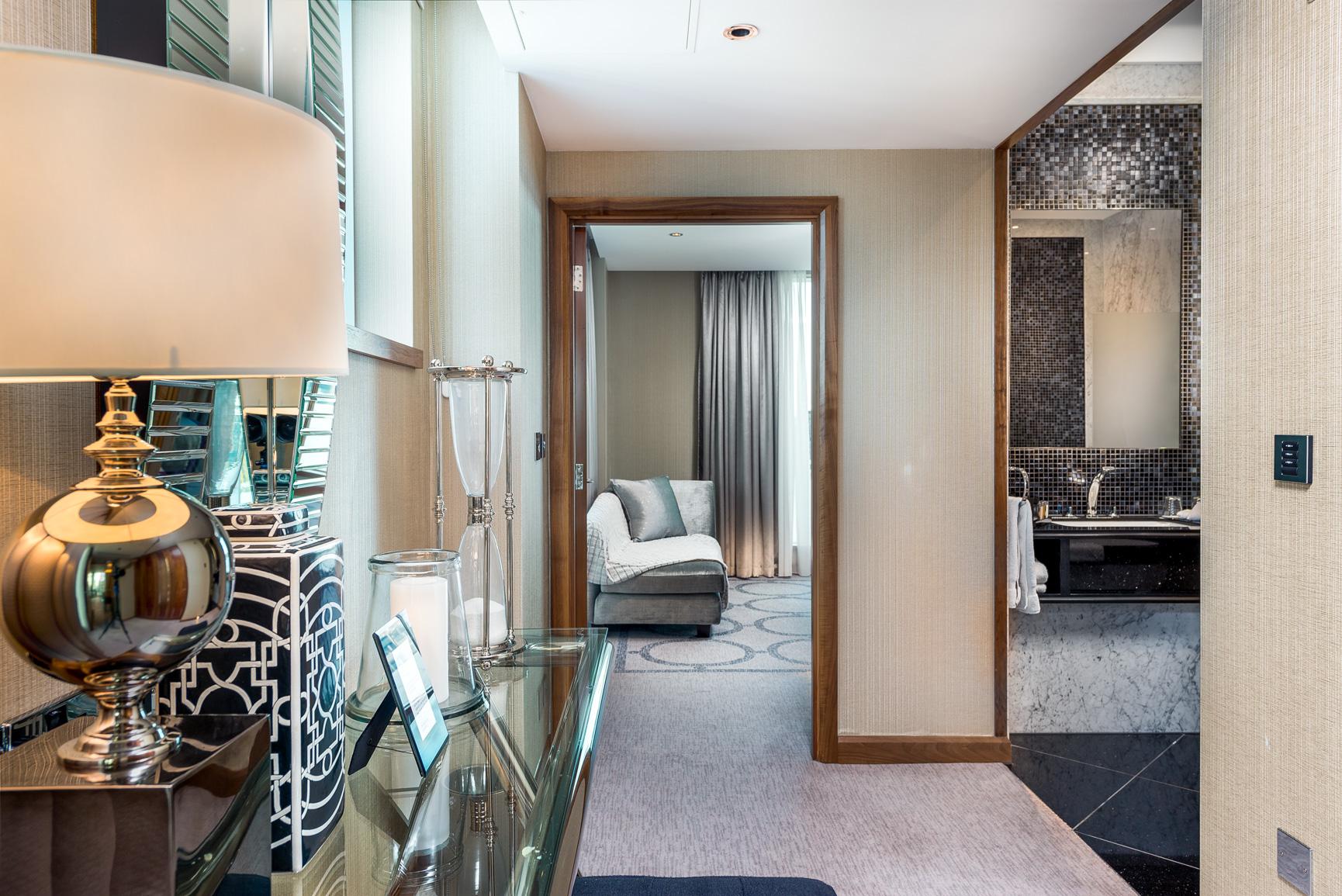 1706 Penthouse suite-1 (12).jpg