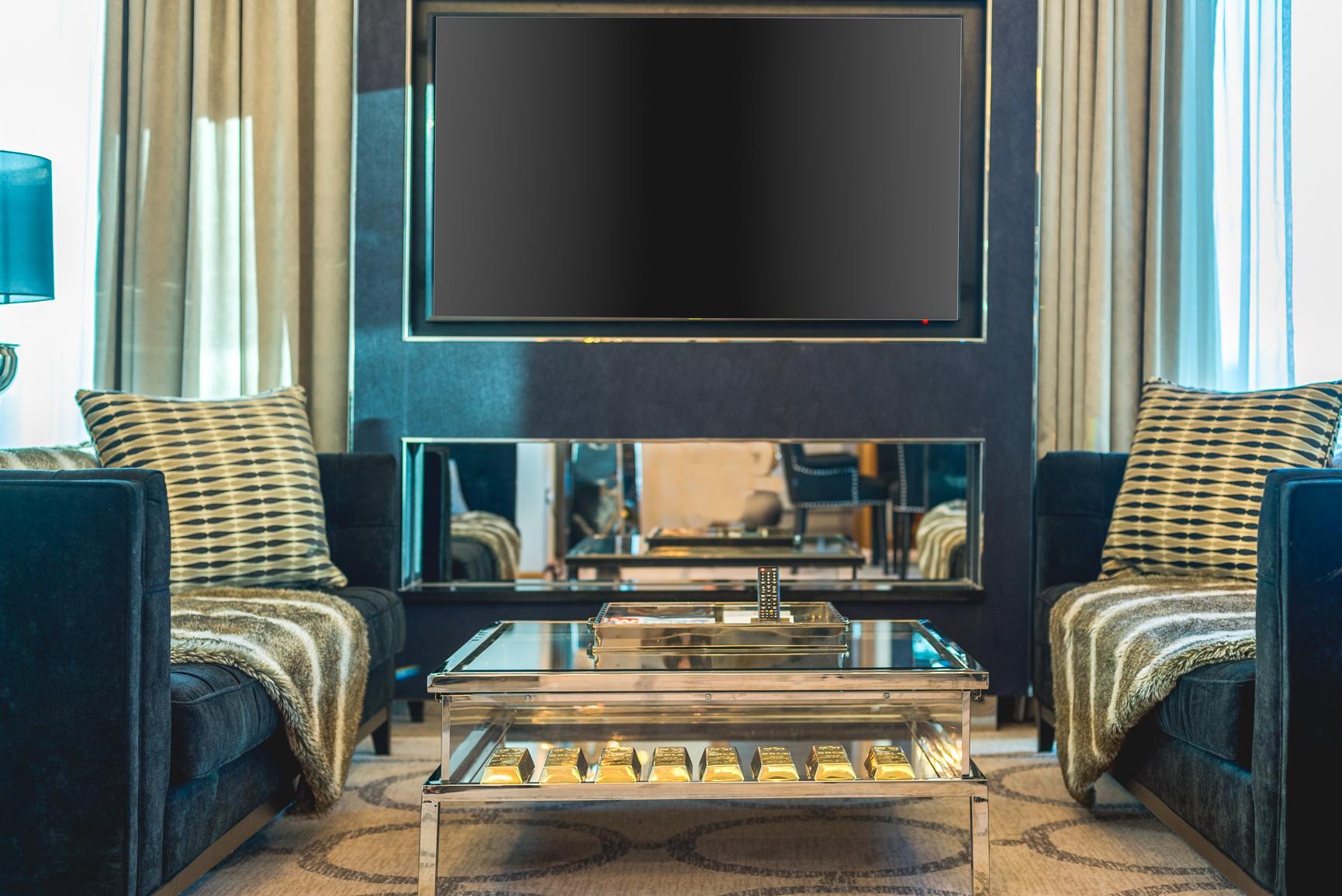 1706 Penthouse suite-1 (22).jpg
