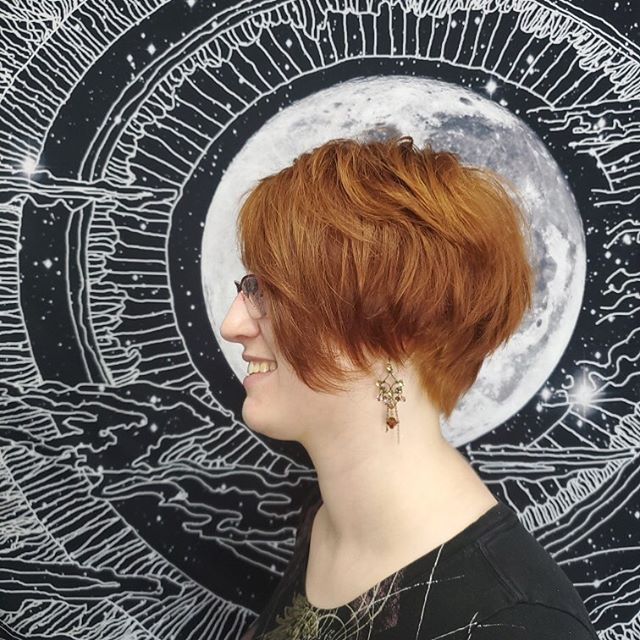 Fall is just around the corner and red hair is always in. ⠀ ⠀ Book @thewaywardparlor with any of our talented stylists to bring some warmth into your life for the upcoming spooky season! ⠀ ⠀ Fierce cut and color by @afuse 🔥🔥🔥⠀ ⠀ #redhair #copperhair #atlantahaircolor #fallhair #fallisinthehair #eastpoint #summerhill #inmampark #kirkwood #o4w #grantpark #l5patl #atlanta #atl #witchesofeastpoint #witchesofatlanta #spookyseason