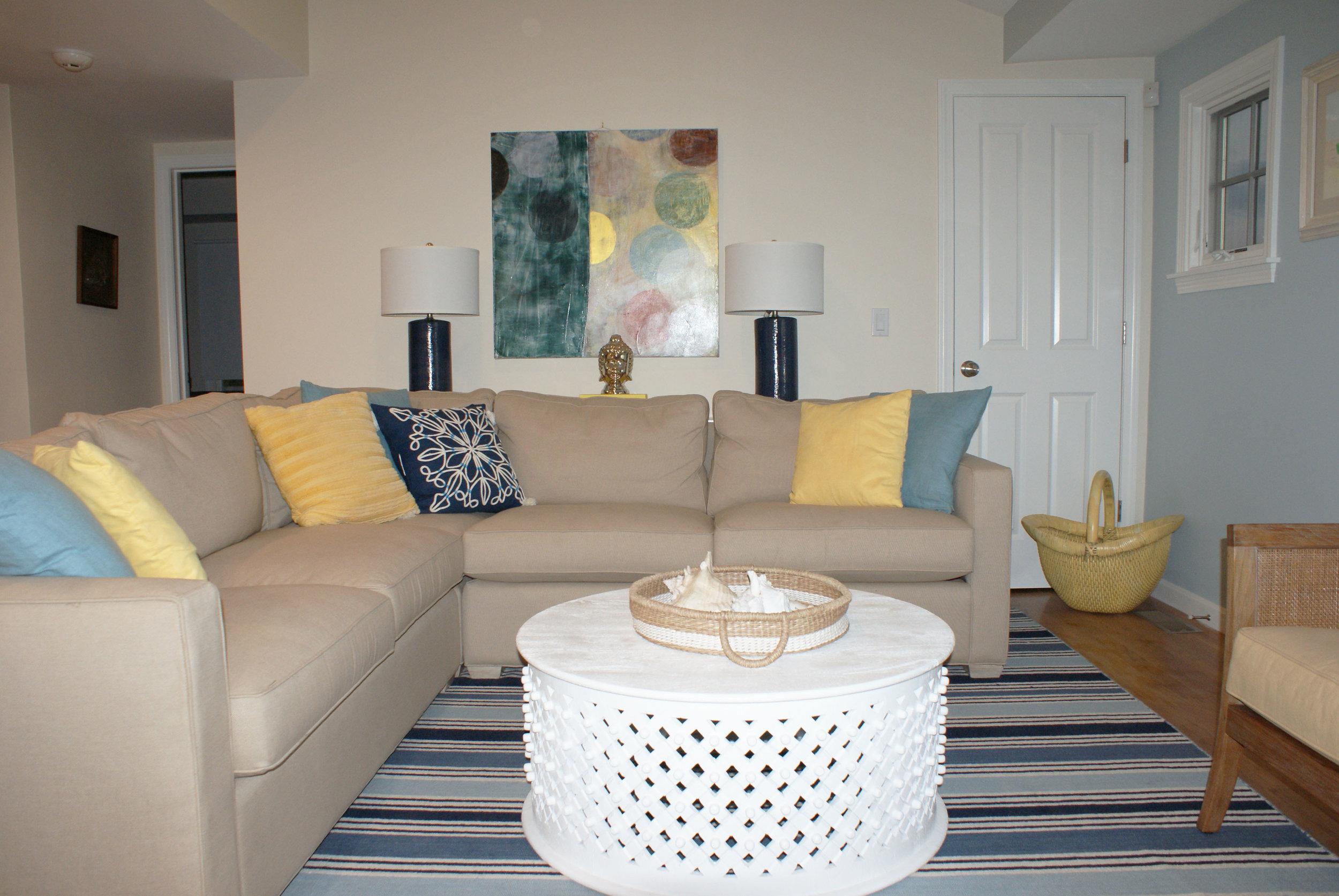 z_living Room .jpg