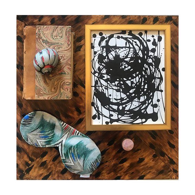 There is an art to gifting. Small framed canvas work $400, Painted Shells $35, Silk lined Velvet Shades $45. (Tortoise finish table by @eljfinefinishes) (pink quartz + brass pillbox by @addisonweeks) #magazinestreet studioamandatalley #contemporaryart #magazinestreet