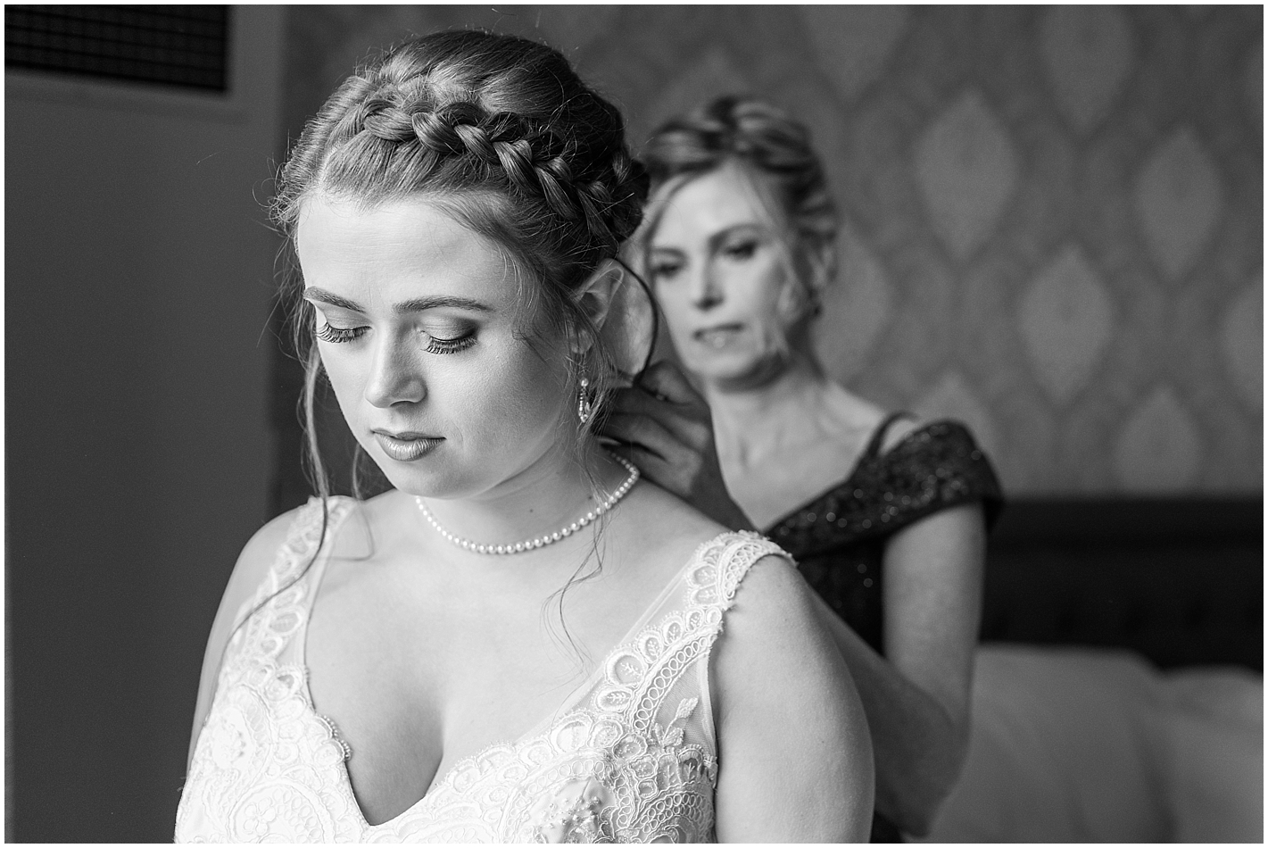 Mother daughter moment Photo By Alyssa Parker Photography