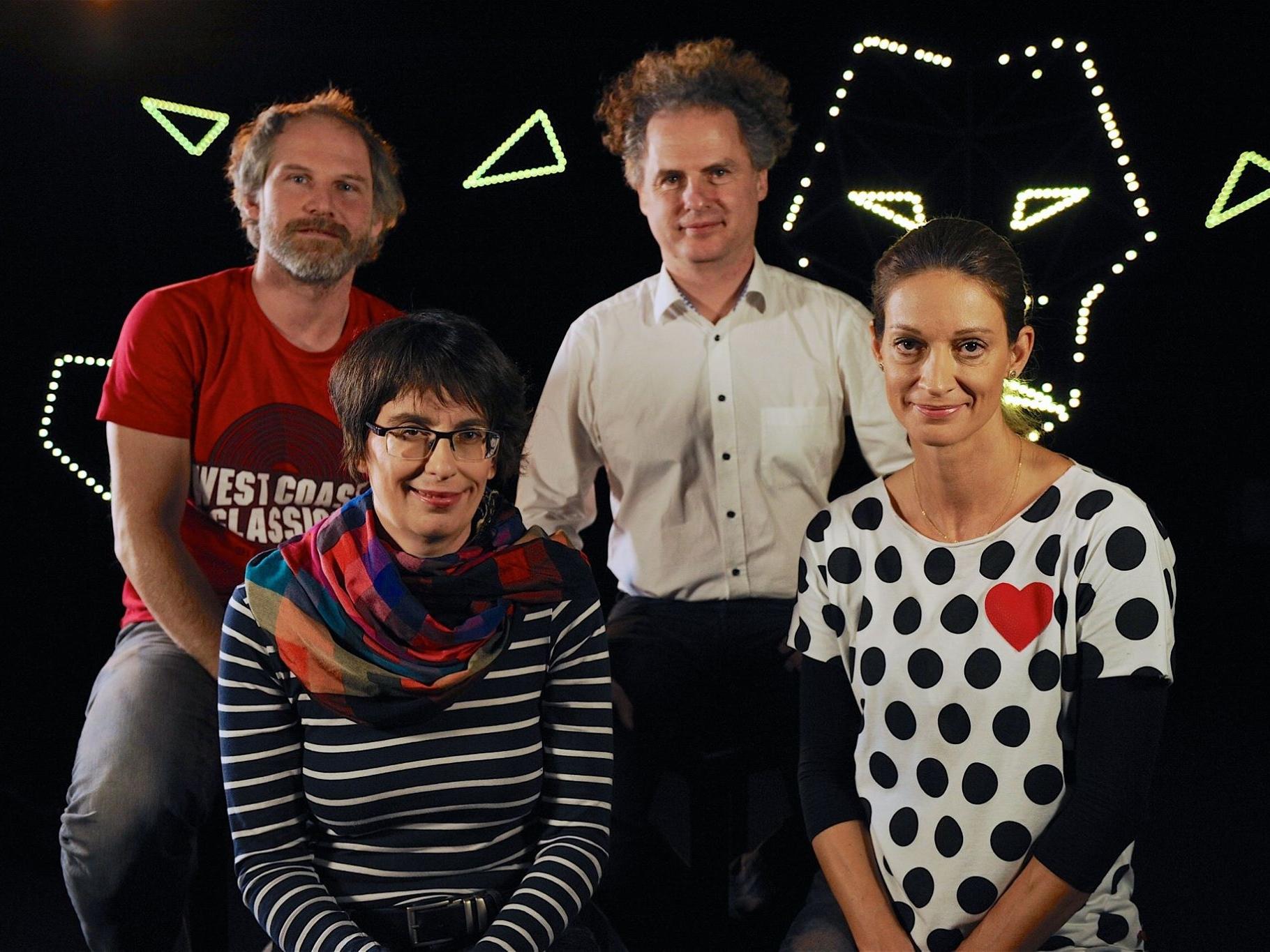 Producenti filmu Učiteľka (zľava doprava): Jan Prušinovský (OFFSIDE MEN), Zuzana Mistríková (PubRes), Ondřej Zíma (OFFSIDE MEN), Ľubica Orechovská (PubRes).