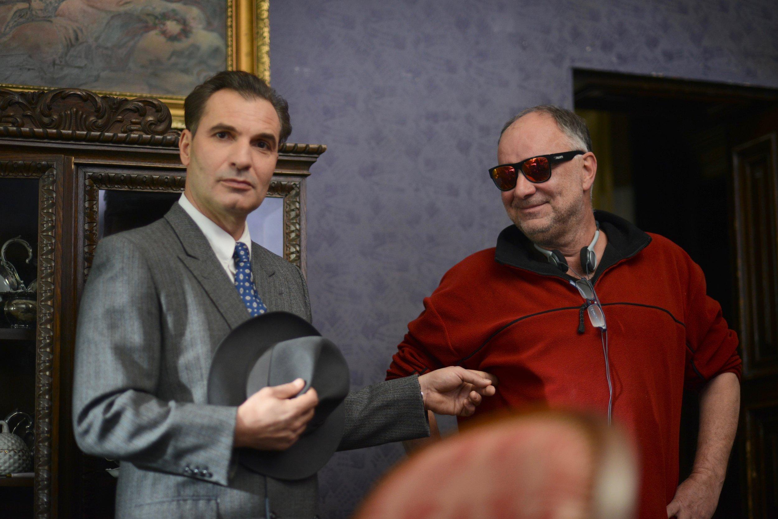 Jiří Macháček a režisér Ondřej Trojan FOTO Bára Lockefeer.jpg