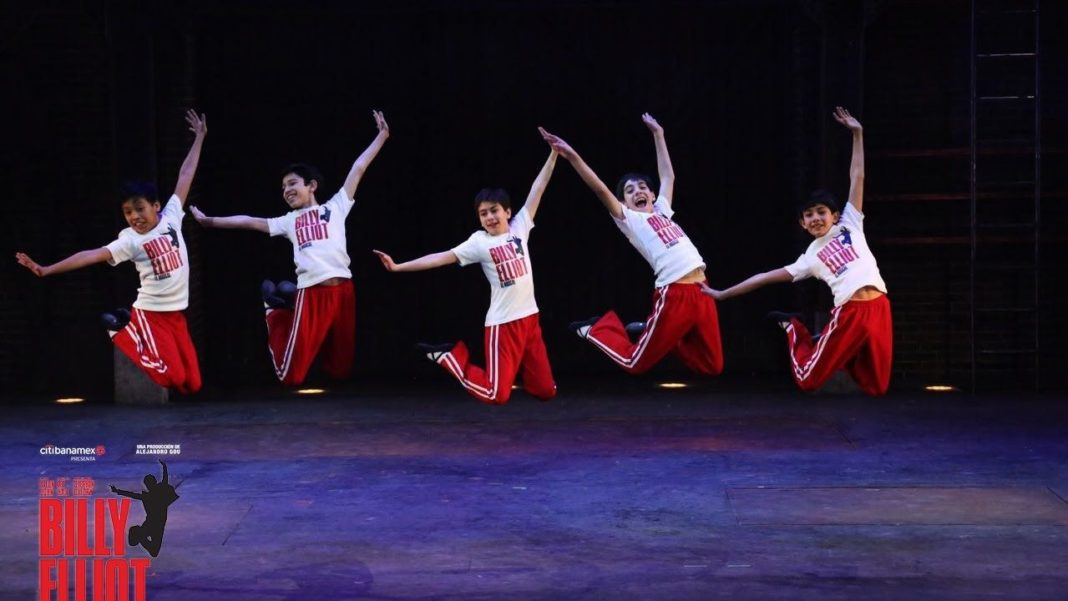 Billy-jump-Mexico-1068x601.jpg