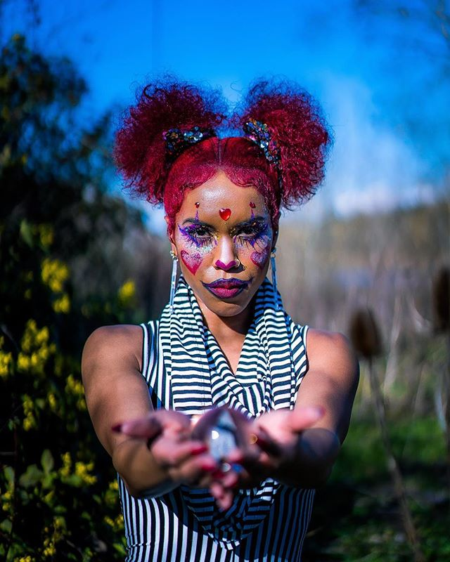❤️❤️❤️❤️❤️❤️❤️❤️❤️❤️Model: @hairbyhellyeah Color: @portlandhairstylist Style: @graycedhair Body paint (MUA): @treesphinx Photo: @kidkross