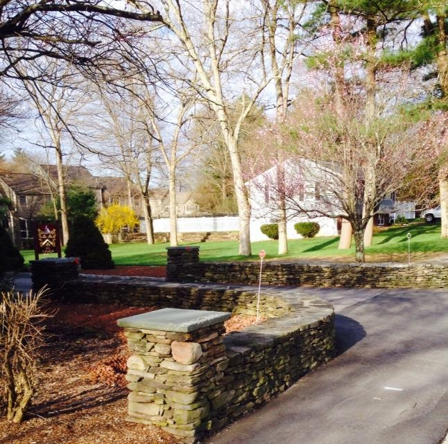 Fieldstone Entry Wall with Piers and Bluestone Caps