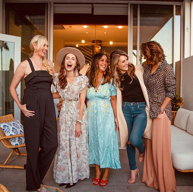 When we get a chance to collaborate with powerful women, we take full advantage! It's an amazing thing being able to fill a room with strong, amazing, and hardworking women 🙌 #SavoirAgency #SavoirCollab #InConversations . . . . #womenevent #powerful #strong #events #marketing #womeninspiringwomen #entrepreneur #mompreneur